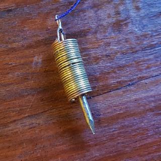 Pendule unique cuivre/laiton