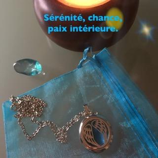 Pendentif magnétisé talisman