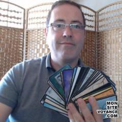 Voyance Voyantes & Médiums utilisant Oracle de la Destinée (divine destiny) avec lolo9811 voyant