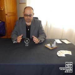 Voyance Voyantes & Médiums utilisant Boule de Cristal avec elwen voyant