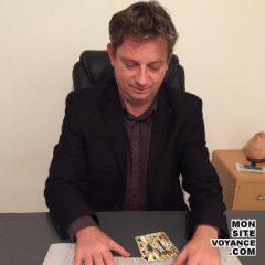 Voyance Voyantes & Médiums utilisant Le Pendule avec chrissangel voyant